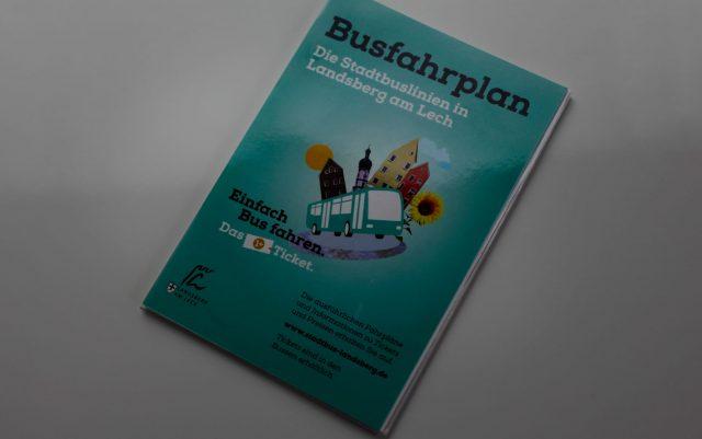 Laminiert Paperguard dpv Haubold Busfahrplan